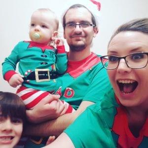 elf pyjamas, elf pjs. selfie, elf elves
