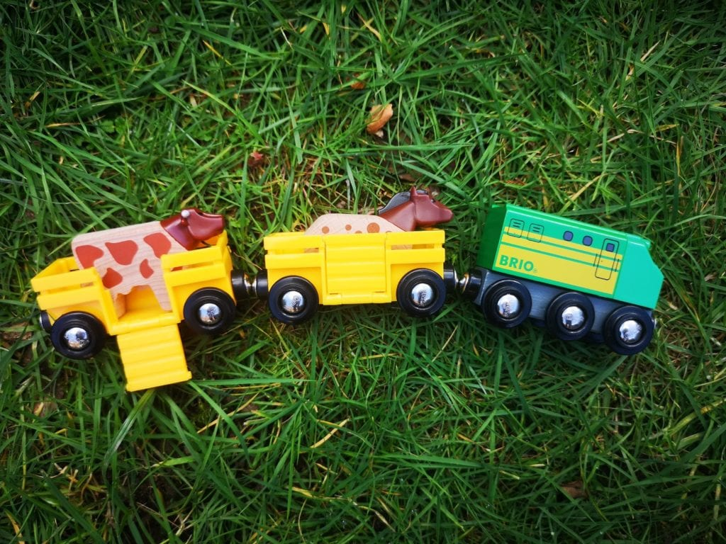 brio farm train, train set, brio horse, brio cow, brio animals, toys for toddlers, sparking imagination