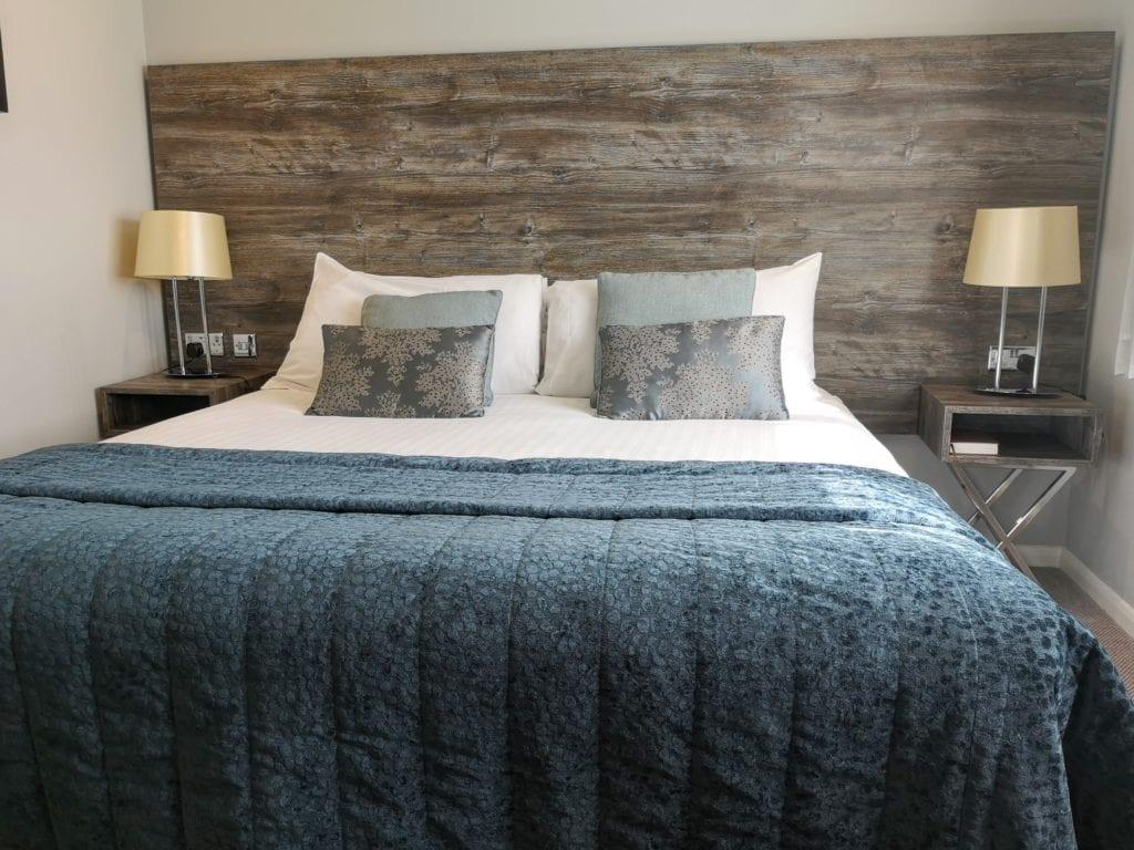 Wyboston lakes resort, waterfront hotel, y spa, spa breaks, milton keynes, cambridge,