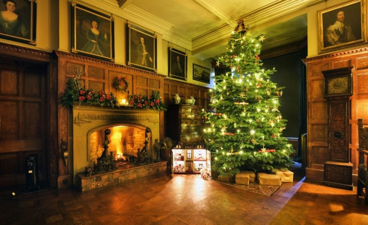 National Trust Scotney Castle at Christmas