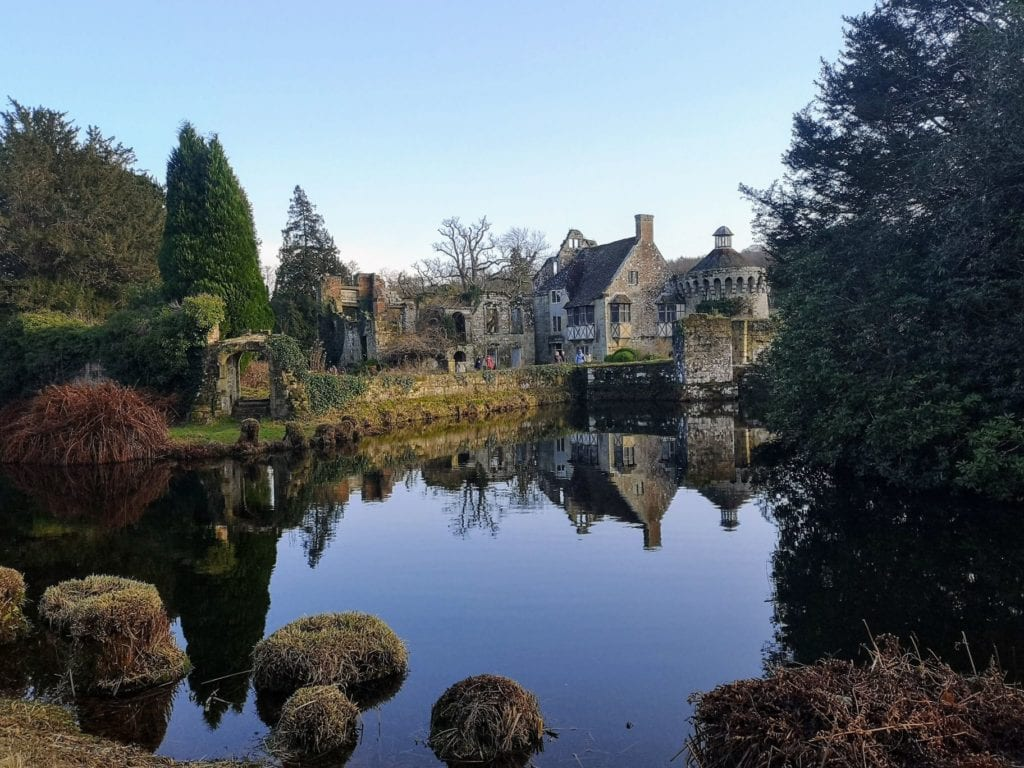 Scotney Castle, National Trust, Christmas, Lake reflection
