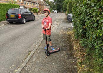 Maxi Micro Scooters, fine motor skills, grss motor skills